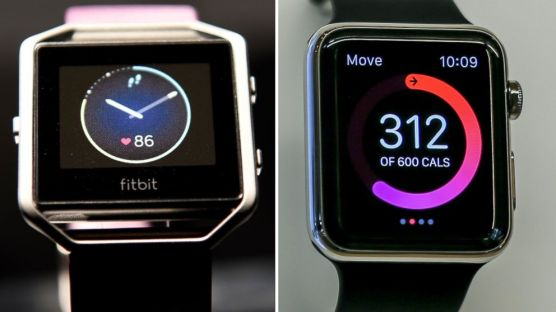 gty_fitbit_blaze_apple_watch_split_jc_160322_16x9_992